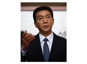 中国出先機関トップが会見 「香港を正しい軌道に」