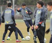 青森山田か、静岡学園か 全国高校サッカー、13日に決勝