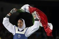 女子メダリストが亡命表明 イラン、体制を批判