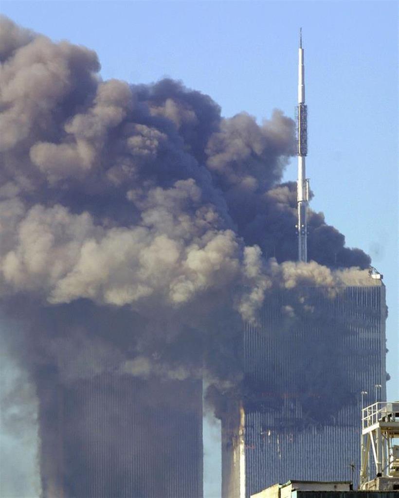 と テロ は 多発 同時