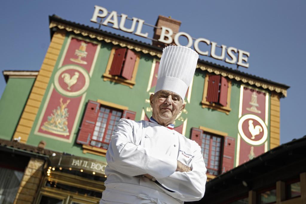 「フランス料理の教皇」の店、半世紀以上維持した三つ星から格下げ