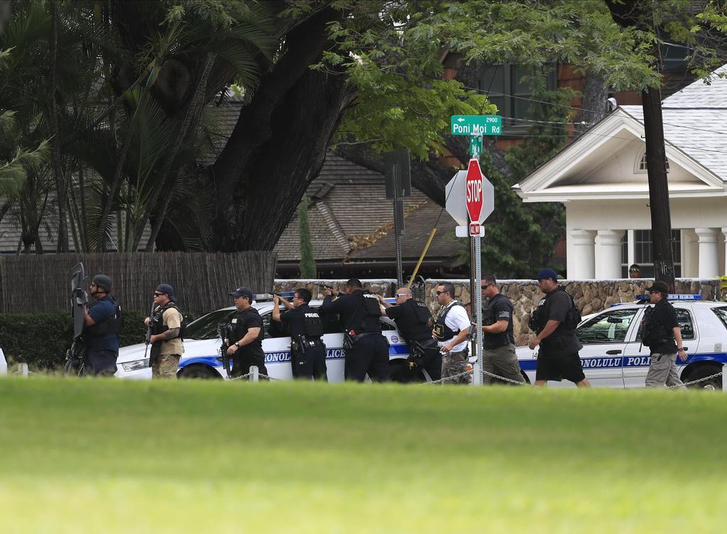 ハワイ銃撃、警官2人死亡 ホノルル住宅街で火災も