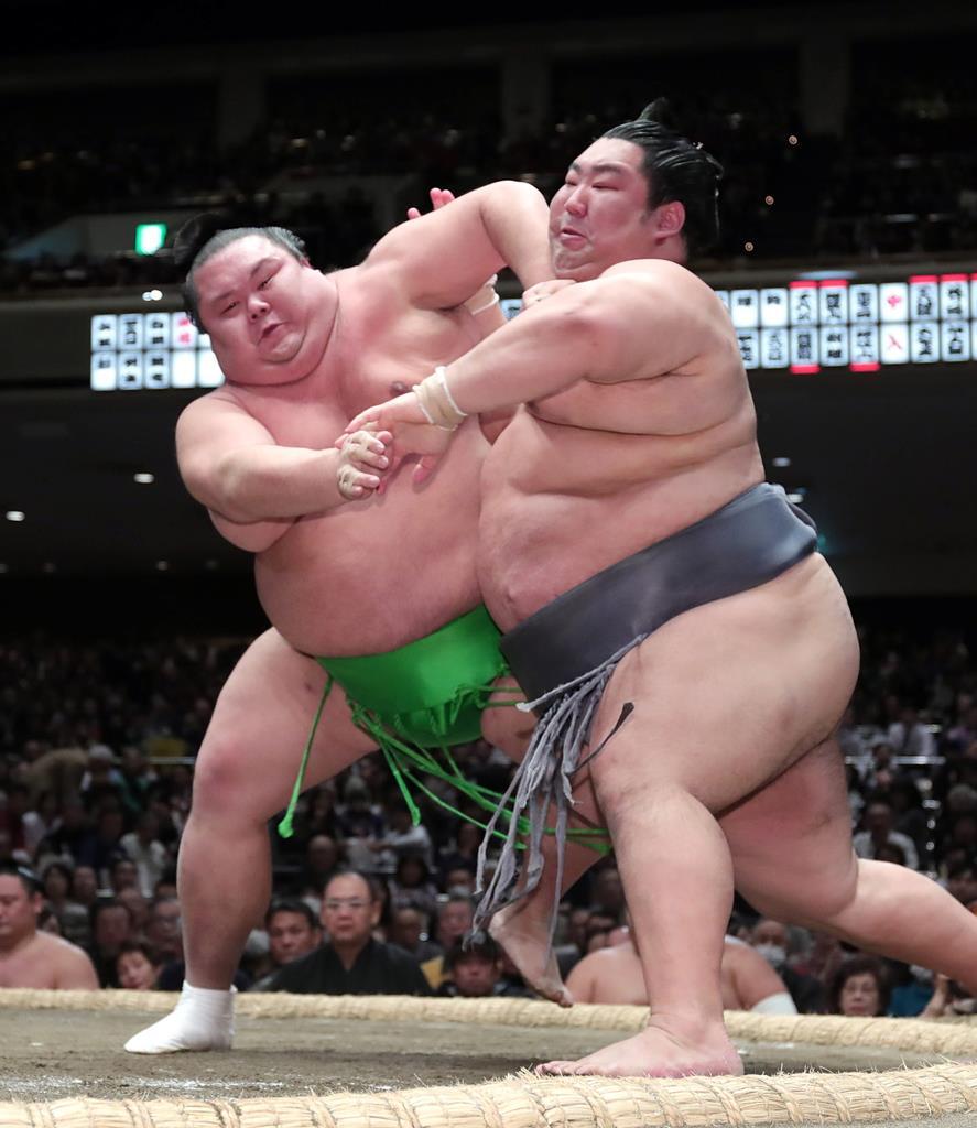 幕尻の徳勝龍 破竹の9勝 33歳が気迫で首位守る 大相撲初場…