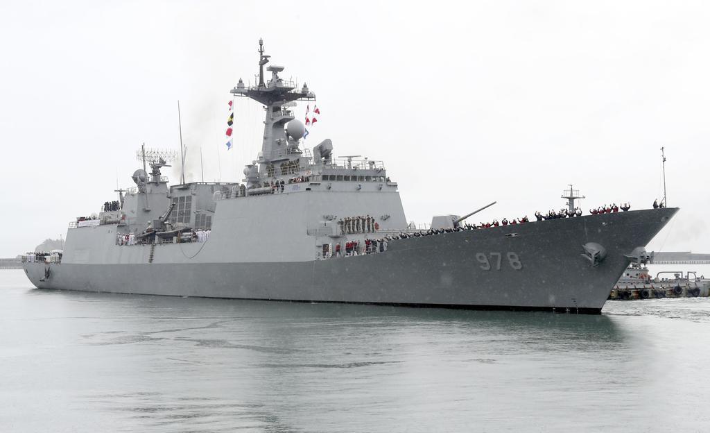 韓国がホルムズ海峡への部隊派遣を決定 米との不協和音で苦慮