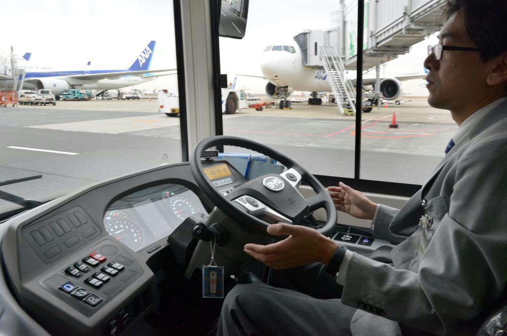 【動画あり】全日空など羽田で大型EVバスの自動運転実験
