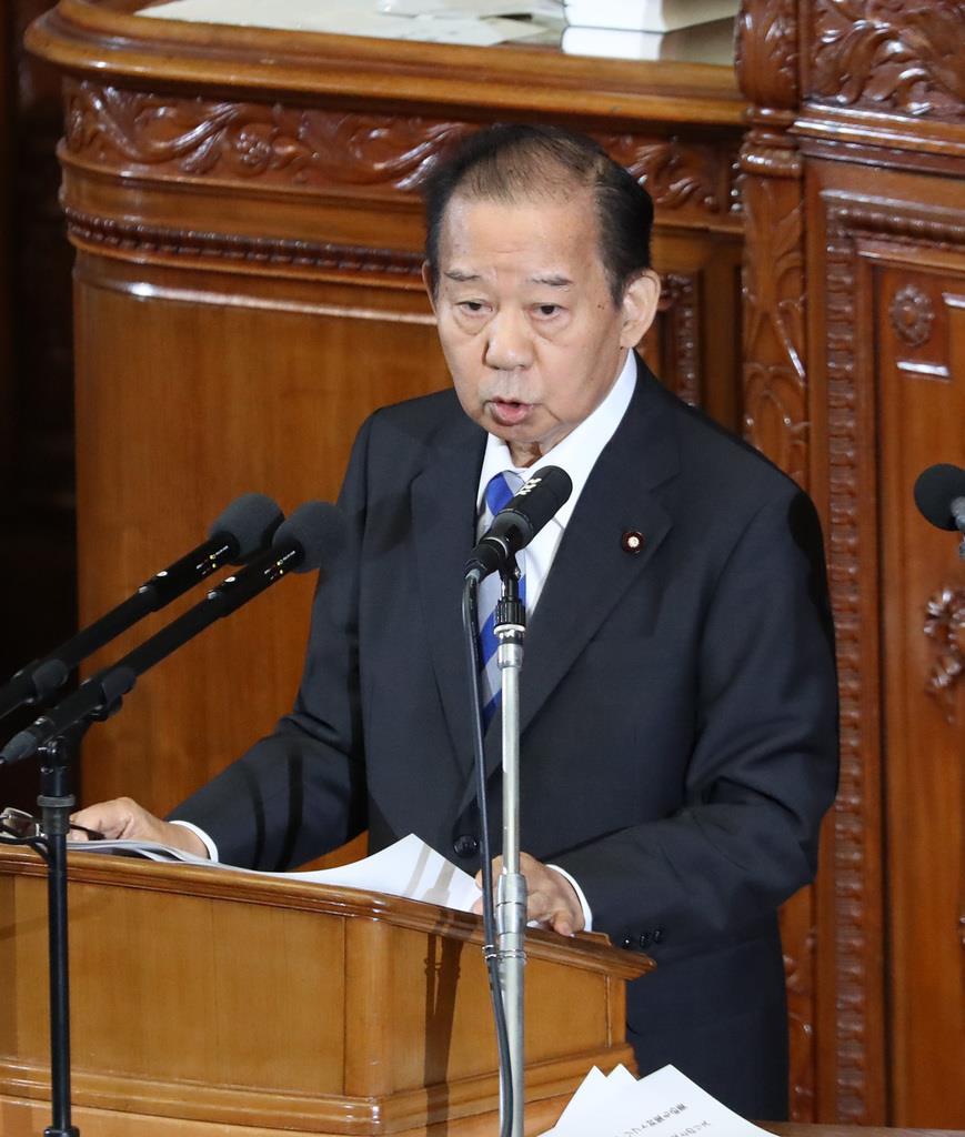 衆院本会議で代表質問に臨む自民党・二階俊博幹事長=22日午後、国会(春名中撮影)