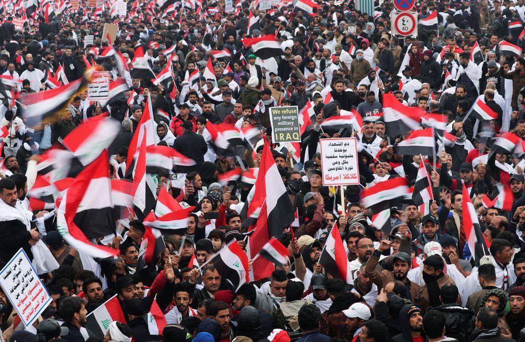 米軍基地撤退求め数千人がデモ バグダッド