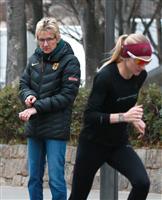 【大阪国際女子マラソン】親子二人三脚で東京五輪へ 大会4度優勝のカトリン・ドーレさんの…