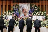 中村哲さん悼み5000人 「英雄」に別れ