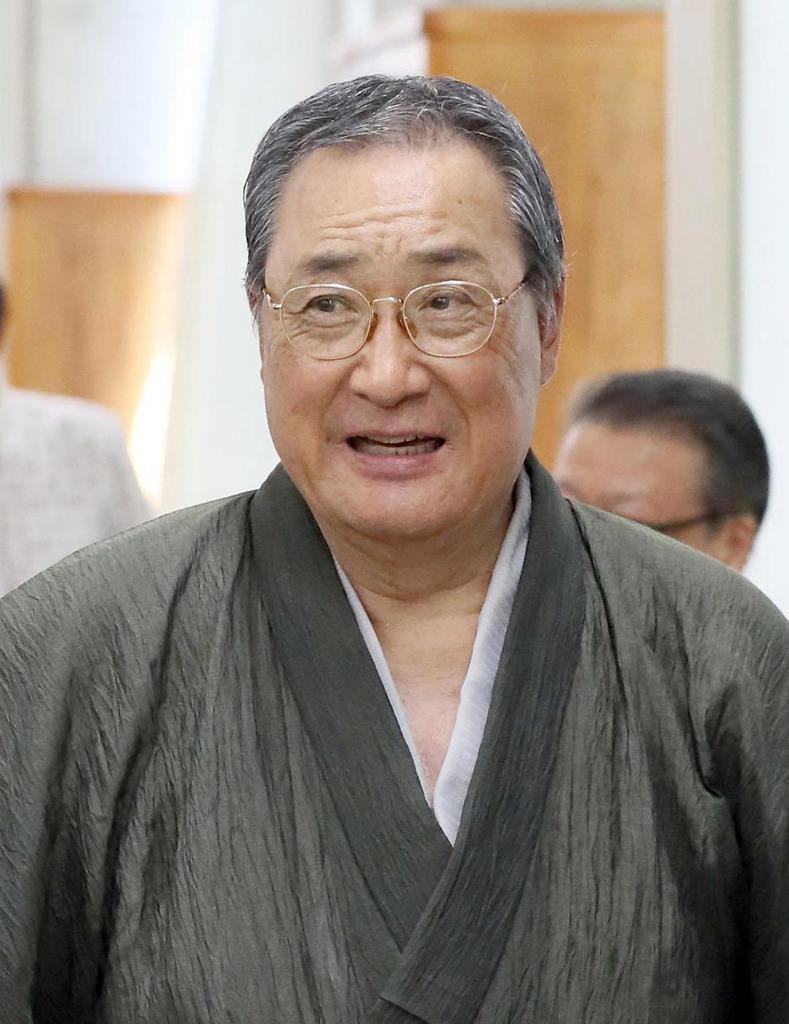 相撲界のご意見番、元横綱北の富士勝昭さん。辛口解説も人気だ