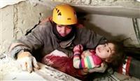 トルコ地震死者29人に 24時間ぶり女児救出も