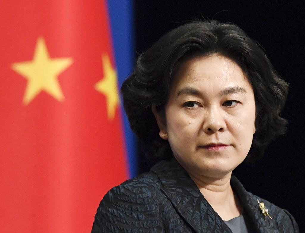 記者会見する中国外務省の華春瑩報道官=2019年12月13日、北京(共同)