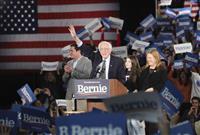【米大統領選】民主党指名争い、波乱の幕開け 初戦アイオワはサンダース氏が優勢か