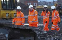 英政府が高速鉄道建設、日立が参画目指す 巨額費用課題に