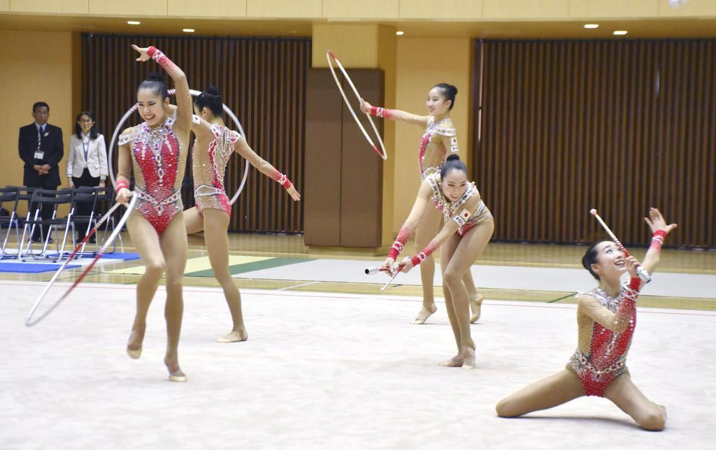 新演目披露も反省 新体操団体の練習公開