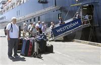 日本人4人も下船 カンボジア入港のクルーズ船から