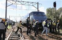 列車から乗客避難 JR九州、津波想定訓練