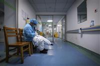 中国、医療従事者の士気維持に躍起 殉職者は「烈士」認定