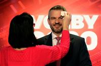 スロバキア首相が呼吸器感染症で入院 EU首脳会議出席後