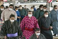 力士はタクシーで場所入り 行司らマスクなし 大相撲春場所