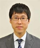 井山棋聖が8連覇、歴代タイ