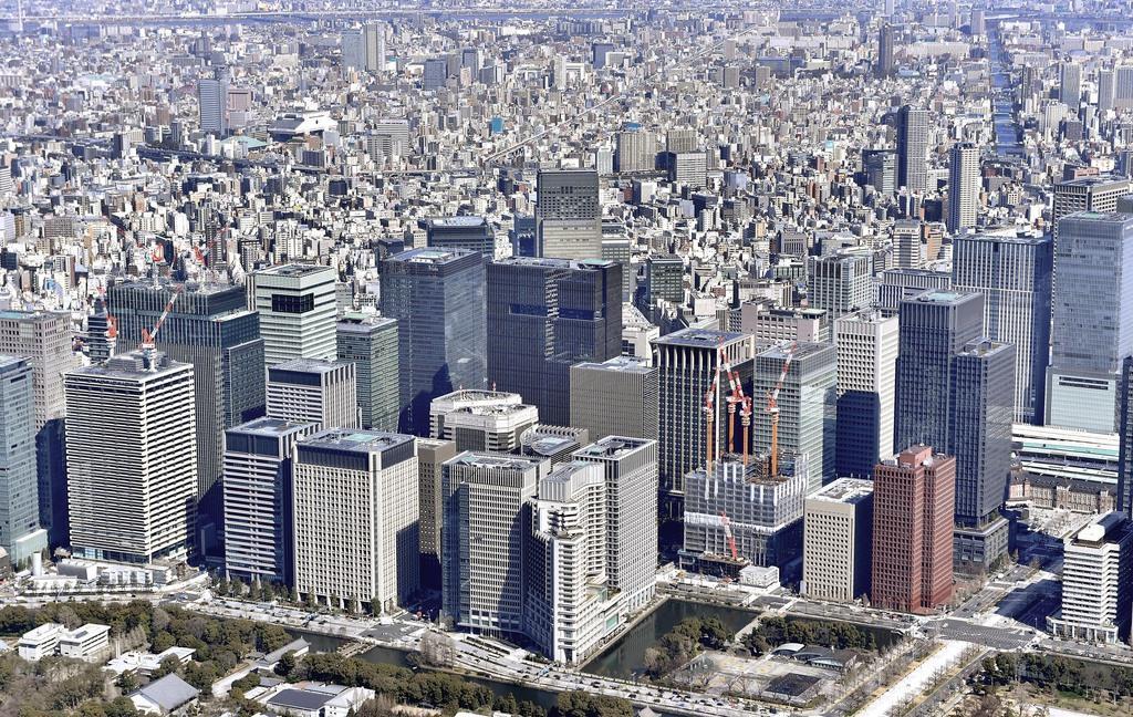 """賃上げ鈍化、新型コロナ、消費税増税と日本経済に3つの""""逆風"""""""