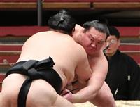 白鵬、35歳の誕生日に快勝 「勝利で東北に勇気を」 大相撲春場所