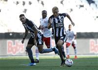 本田がデビュー戦でゴール ブラジル1部リーグ、無観客試合