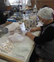 布製マスク生産に大忙し 栃木・足利の縫製工場 新型コロナ