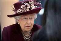 エリザベス女王が国民に団結訴え 首相は「12週で打ち勝つ」