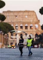 イタリア支援で米中が競合 新型コロナ