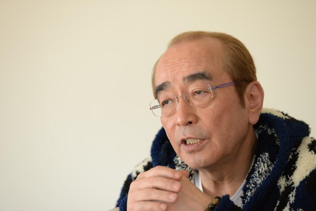 志村けんさん肺炎で入院 コロナ検査受診か、午後発表へ