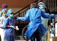 世界の感染者40万人超す 欧州に続き米国も急増