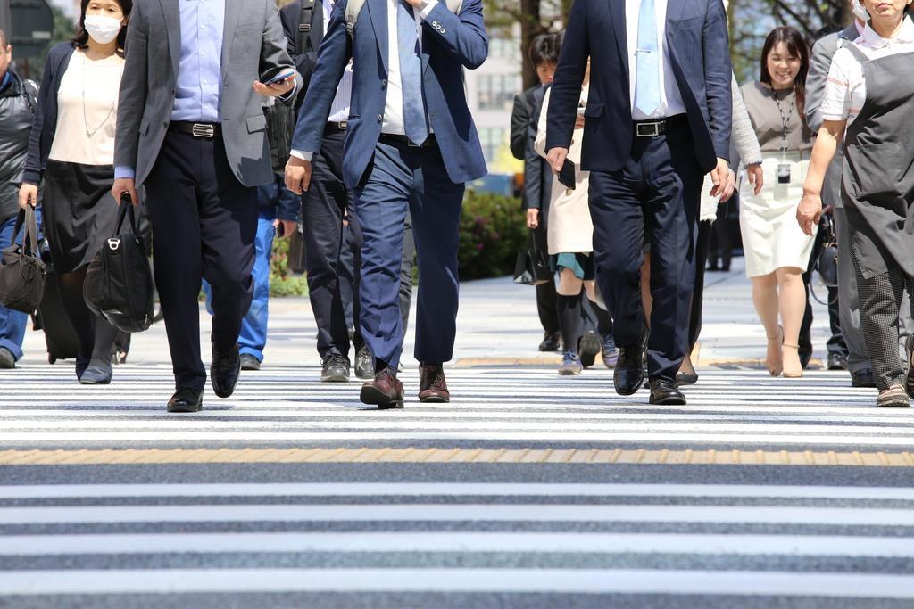 「景気悪い方向」増加31% 内閣府調査、消費税影響か