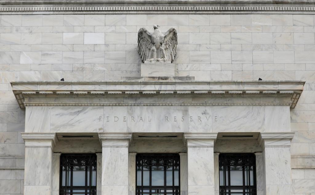米連邦準備制度理事会(FRB)の建物=2018年8月、ワシントン(ロイター)