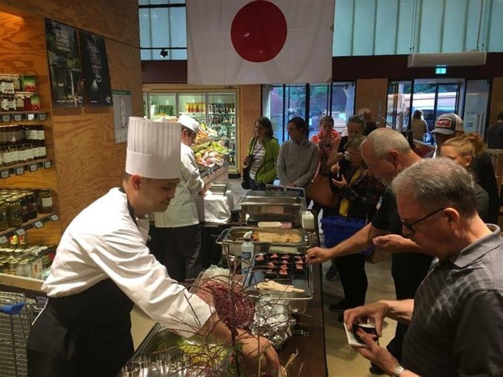【外交安保取材】求む「味の外交官」 日本食ブームで公邸料理人…