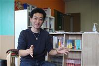 引きこもる生徒、社会とつなぐ NPOが「D×P図書館」