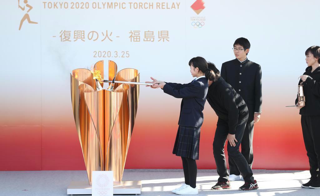 【社説検証】東京五輪延期 いち早く決断促した産経 「説明ない」と朝日は批判