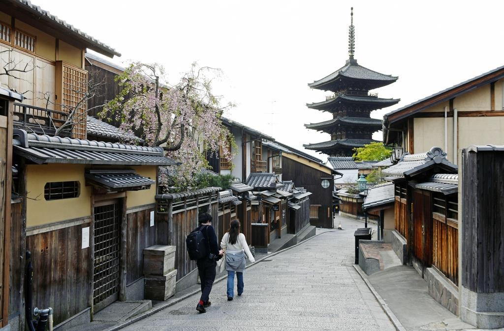 東京並みの感染率、1割は大阪通勤…警戒強める「対象外」地域