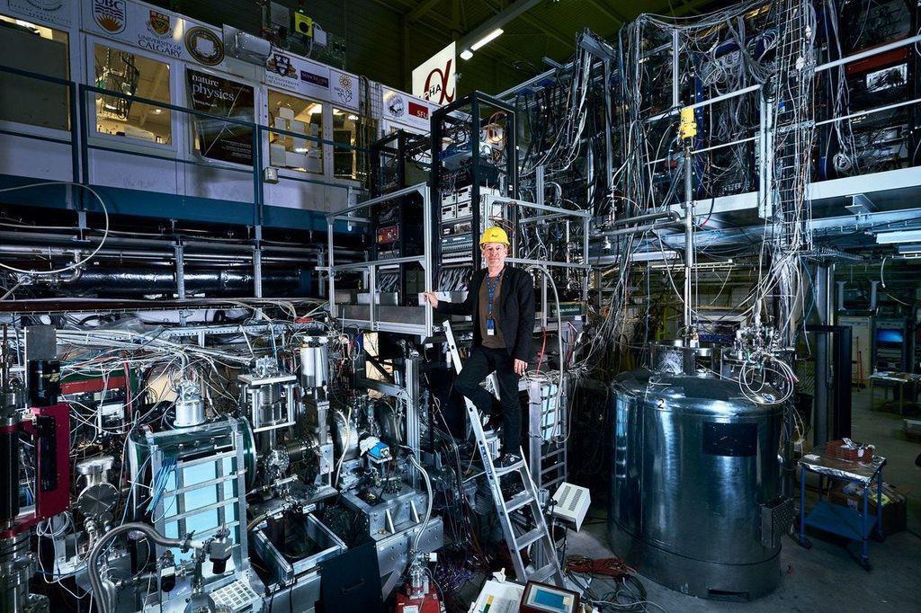 欧州原子核研究機構(CERN)のチームは、反水素を最長24時間まで閉じ込める方法を発見した。PHOTOGRAPH BY CERN