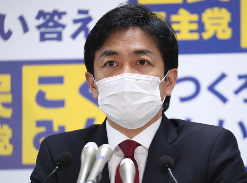 会見に臨む国民民主党・玉木雄一郎代表=22日午後、東京・永田町(春名中撮影)