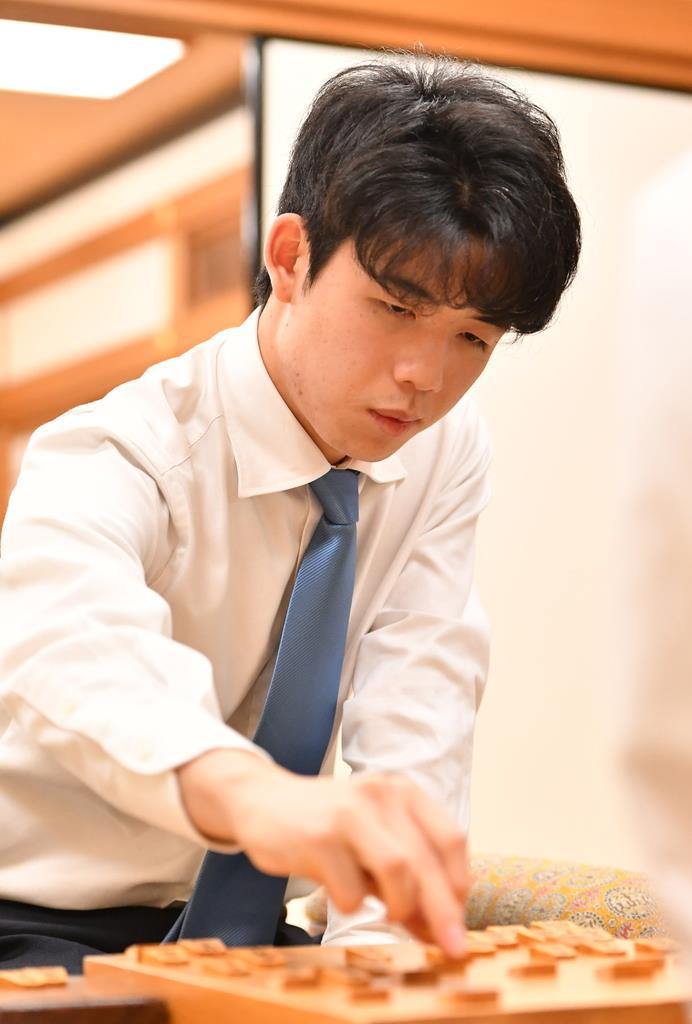 高校生棋士・藤井七段の快進撃続く タイトル挑戦・獲得へ真の敵は新型 ...