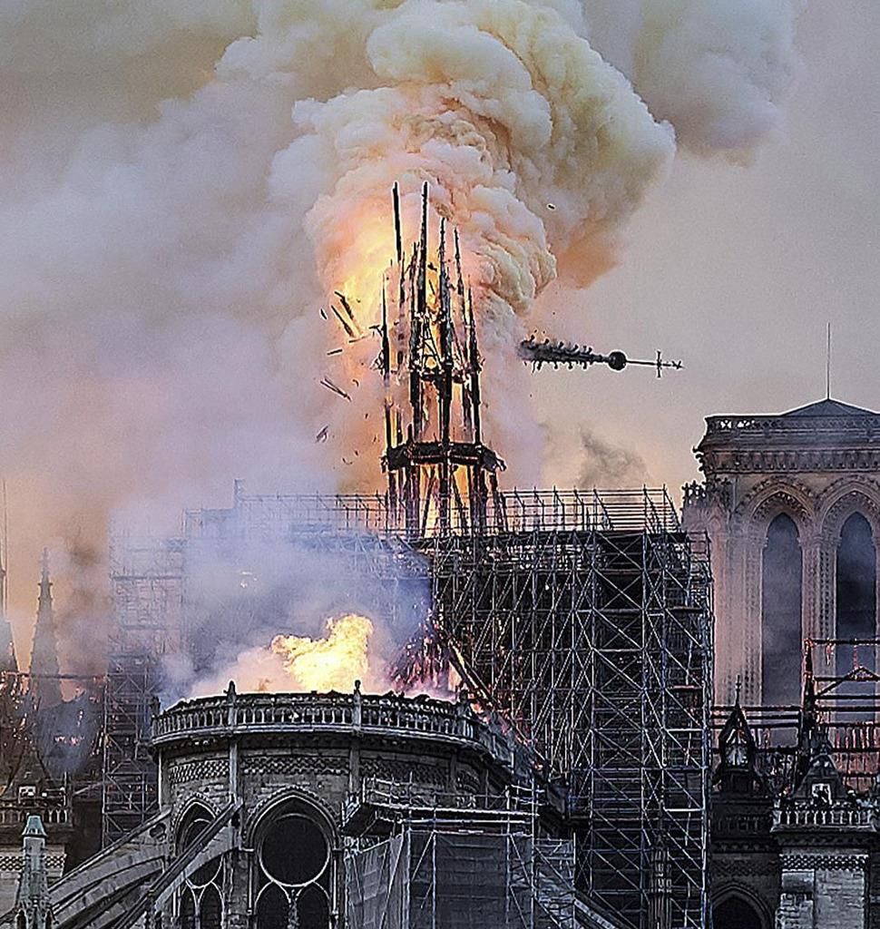 ノートルダム大聖堂の工事再開へ 仏、感染防止策を整備