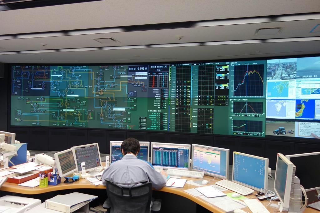 九州の電力需給を調整する中央給電指令所
