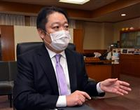 補償より、まず命を優先 「給与1円」の長崎幸太郎・山梨知事インタビュー