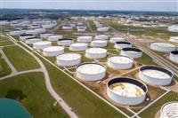 【アメリカを読む】「原油価格マイナス」うごめく投資マネー 狙うは「伝説の投機家」二匹目…