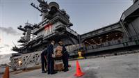 空母集団感染で米海軍が拡大調査へ 艦長復帰の是非判断