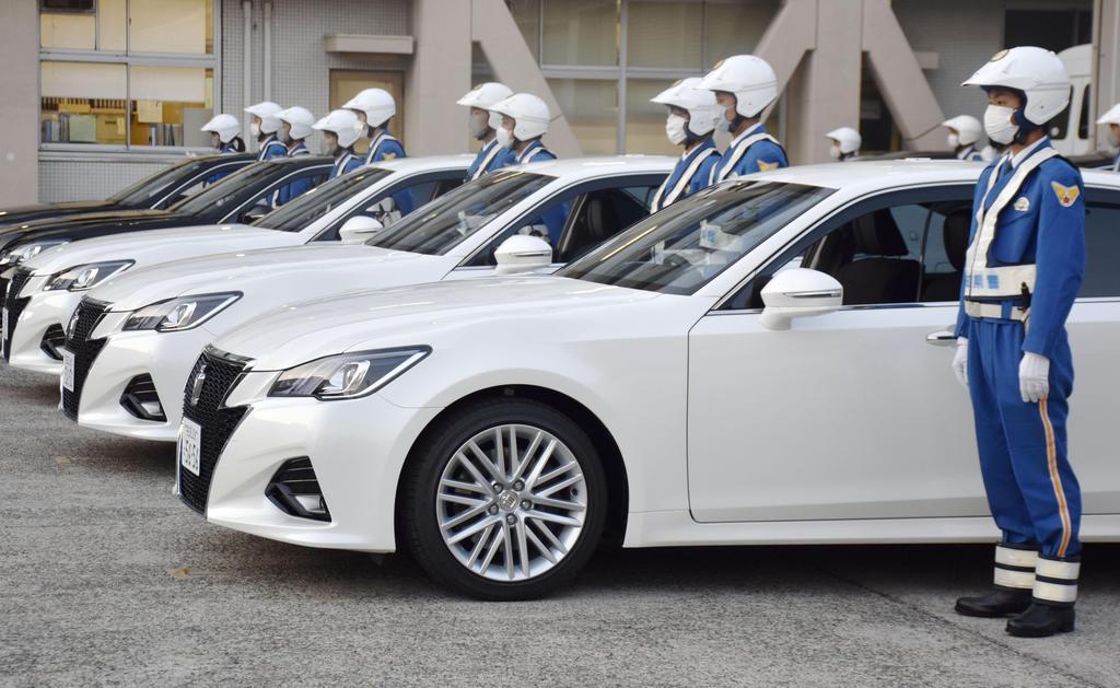 愛知県警の取り締まり活動出発式で、覆面パトカーの横… 4月の事故 ...