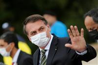 ブラジル死者1万人超え 大統領は記者をばか扱い