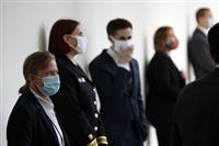 ホワイトハウス職員にマスク着用の通達 トランプ氏らは例外